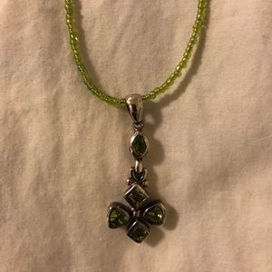 Jewelry - Silver peridot pendant on green beaded necklace